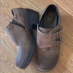 B.O.C brown Leather booties.